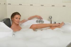 アンボーテフェミニーナウォッシュは、顔の洗顔にも使えるの?