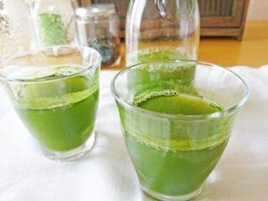 スイーツ青汁とすっきりフルーツ青汁の違いと選び方
