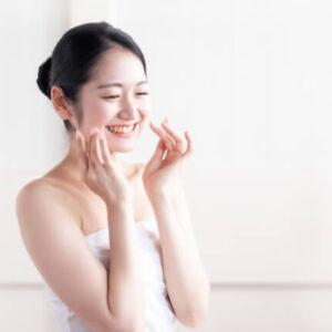 女性のシワ改善の顔